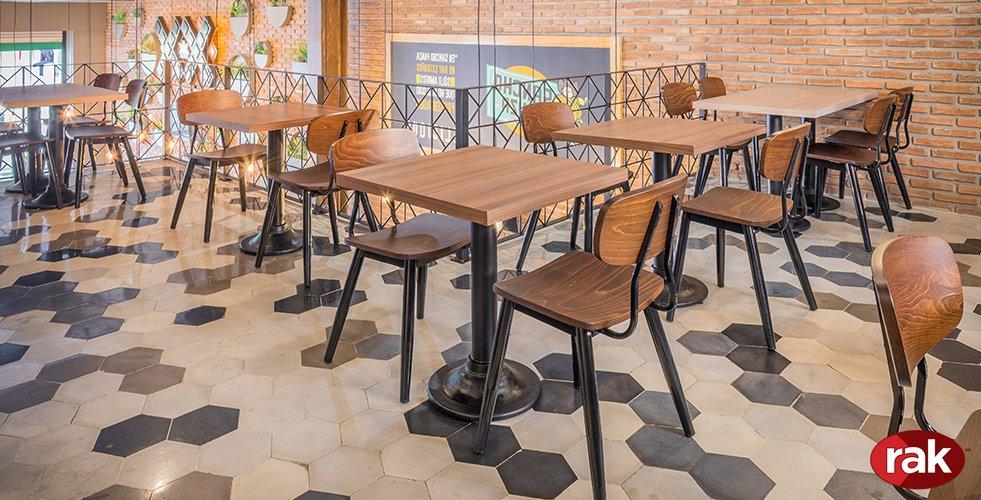 Rak mobiliario para restaurantes y cafeterias for Mesas y sillas modernas precios