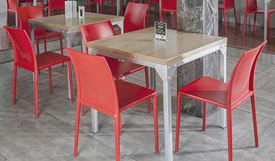 Rak mobiliario para restaurantes y cafeterias for Sillas para local de comidas rapidas